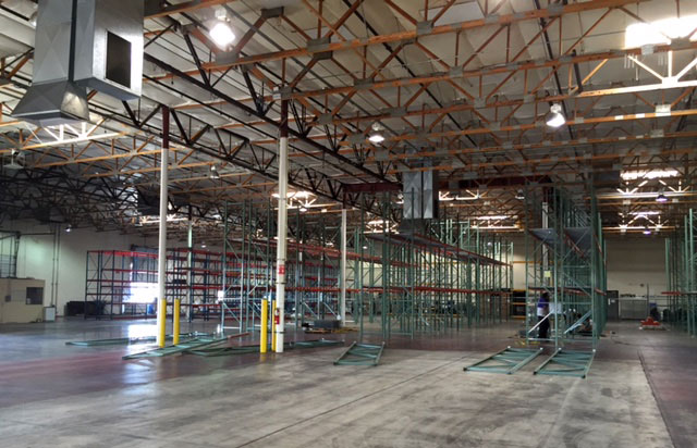 Distribution by Amazon (Amazon Services) pallet rack installation